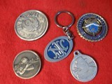 5 SHOOTING RELATED MEDALIONS AND KEY CHAIN