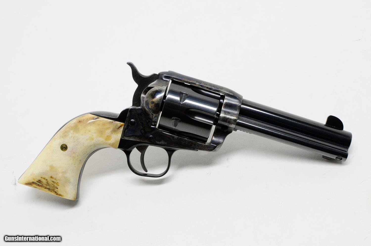 Ruger Vaquero 45 Colt  With Stag Grips  Like New In Case