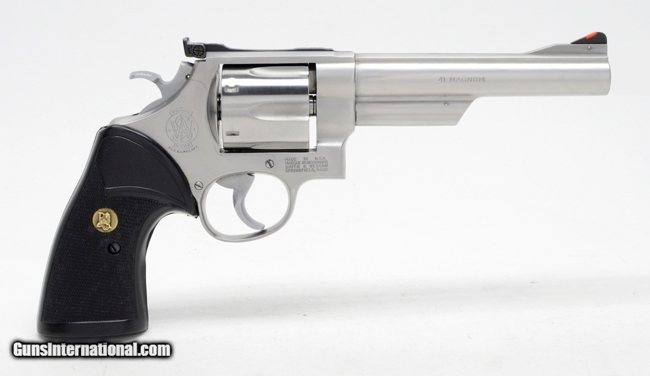 Smith & Wesson Model 657 41 Mag  6 Inch Satin Stainless  Very Clean