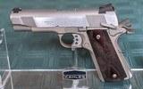 Colt Lightweight Commander 38 Super - 2 of 7