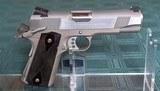Colt Lightweight Commander 38 Super - 1 of 7
