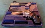 Colt Anaconda - 1 of 7