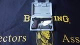 BrowningHi Power 9 MM LNIC