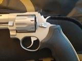 Taurus Raging 22 Hornet - 5 of 7