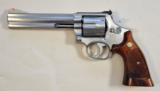 Smith & Wesson 686 #2619 - 2 of 6