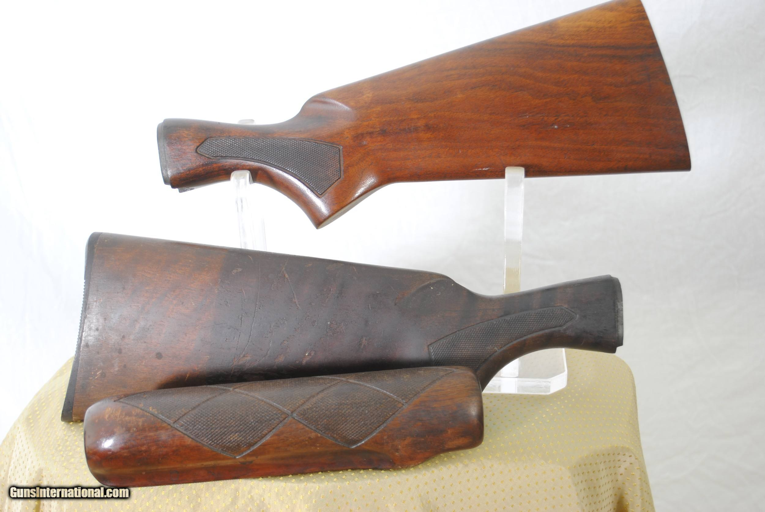 VINTAGE REMINGTON 870 STOCKS (2) AND (1) FOREND