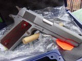 Colt Series 70 Government-38 Super, Stainless Steel. - 5 of 9