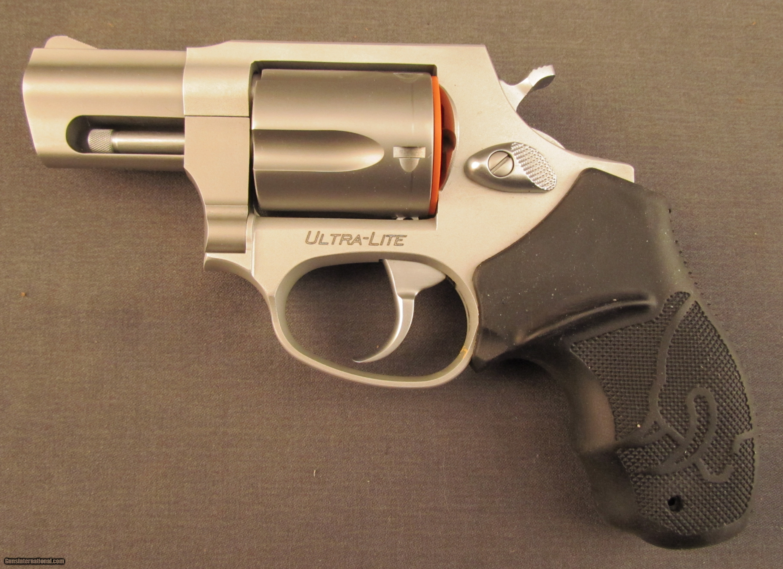 taurus revolver ultra lite model 85 38 special. Black Bedroom Furniture Sets. Home Design Ideas