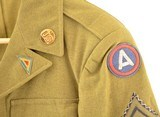 US Army WWII Enlisted man's Ike Jacket - 6 of 15