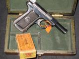 Vintage Fitted Wood Cased Savage pistol, Cal. 32, 7.65mm, 3 3/4, with one box of vintage ammo - 4 of 11