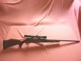 WEATHERBY MARK V BOLT ACTION RIFLE - 1 of 9