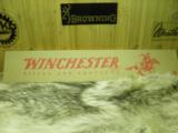 WINCHESTER TRADITIONAL 9422 YELLOW BOY CAL. 22WMR. 100% NEW IN FACTORY BOX. - 7 of 7