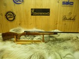 "WEATHERBY MARK V DELUXE VARMINTMASTER CAL: 22/250 GERMAN MANF: ""MINTY"""