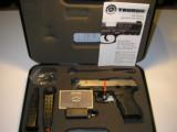 TAURUSPT-840 CS&W-40S / SCOMPACT - 2 of 15