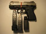 TAURUSPT-840 CS&W-40S / SCOMPACT - 4 of 15