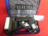 BERETTAPX-4STORM9-MM,2 - 14ROUNDMAGS,COMBATSIGHTS,Grips :3 Interchangeable BackstrapsNEWINBOX - 1 of 13