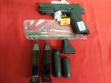 BERETTAPX-4STORM9-MM,2 - 17ROUNDMAGS,COMBATSIGHTS,Grips :3 Interchangeable BackstrapsNEWINBOX - 4 of 15