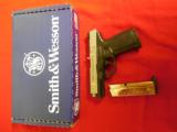 """S&W9-MM,SD9VE,Smith & Wesson,223900,4""""BARREL16+1TWO MAGS.Blk Poly Grip Black Frame/SS Slide,FACTORYNEWINBOX - 14 of 16"""