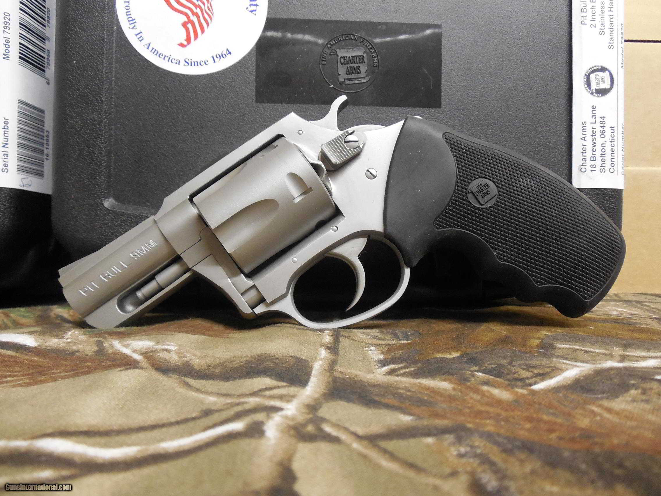 Charter Arms, 9 - M M PIT BULL, REVOLVER 2