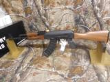 AK-47CENTURYARMSRAS47S,7.62 x 39,2 - 30ROUNDMAG,WALNUTSTOCK,SIDESCOPEMOUNT,ADJ.SIGHTS,AMERICANMADE,NEWINBOX - 6 of 23