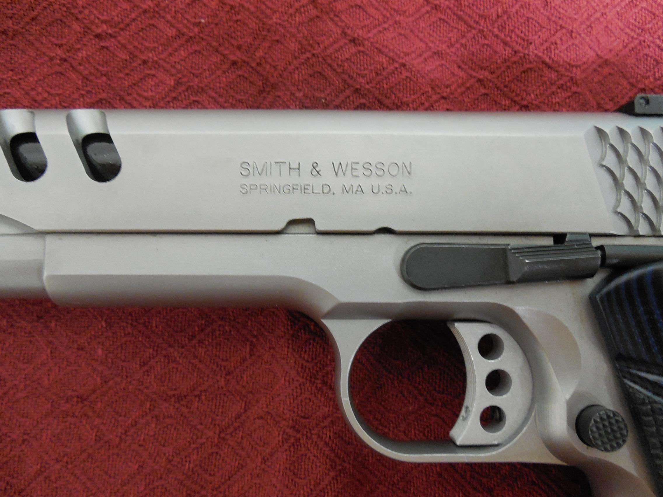 S&W 1911, PERFORMANCE CENTER,  45-ACP, 5