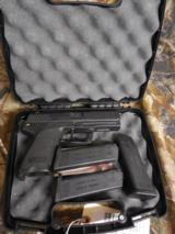 HECKLER & KOCH.