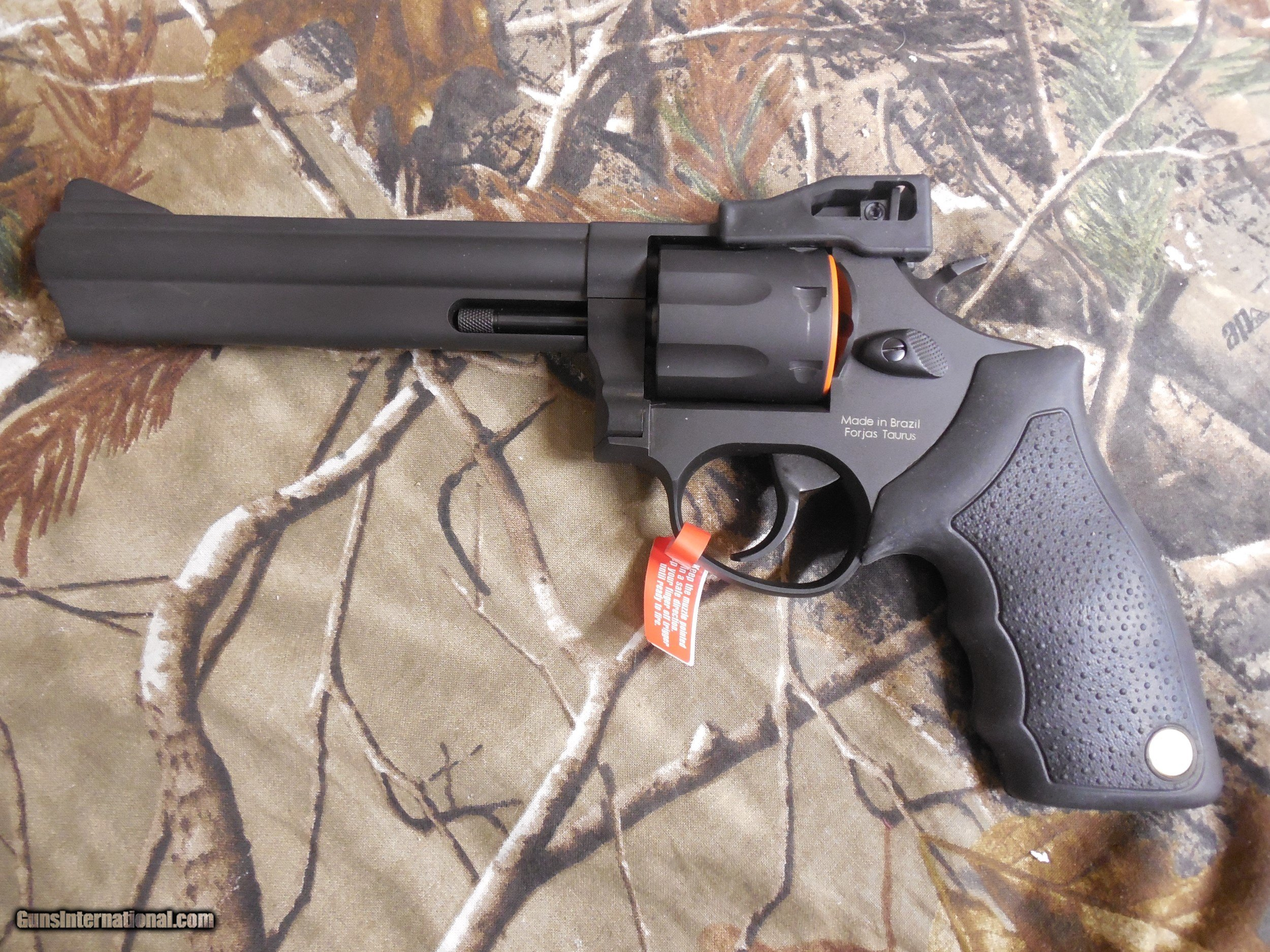 TAURUS 66, 357 MAGNUM, 7 - SHOT REVOLVER, BLACK, RUBBER GRIPS