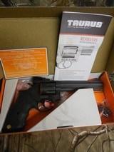 TAURUS66,357MAGNUM,7 - SHOTREVOLVER,BLACK,RUBBERGRIPS,ADJUSTABLESIGHTS,