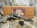 """HERITAGECOMBO,22-L.R, / 22 MAGNUM,( TWO CYLINDERS),6.5""""BARREL,6 - SHOT,BLUED/C. COLORED LAMINATE GRIP,FACTORYNEWINB - 4 of 21"""