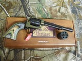 """HERITAGECOMBO,22-L.R, / 22 MAGNUM,( TWO CYLINDERS),6.5""""BARREL,6 - SHOT,BLUED/C. COLORED LAMINATE GRIP,FACTORYNEWINB - 15 of 21"""