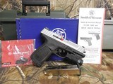 """Smith & Wesson 13050 SD9 VE Crimson Trace Rail Master 9mm Luger 4"""" 16+1 Black Stainless Steel Black Textured Polymer Grip - 2 of 24"""