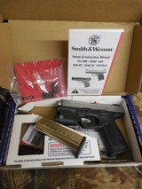"""Smith & Wesson 13050 SD9 VE Crimson Trace Rail Master 9mm Luger 4"""" 16+1 Black Stainless Steel Black Textured Polymer Grip - 1 of 24"""