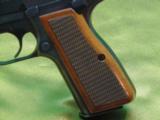 Browning Hi-Power - 2 of 14