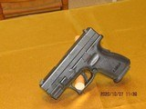 Springfield XD 9mm pistol - 4 of 5