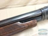 Winchester Model 12 Super Field Pump-Action Shotgun, .12ga - 10 of 10