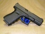 Glock 19 vickers - 2 of 2
