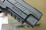Sig Sauer E26R-9-Tacops 9mm P226 4 20rnd Mags 9 mm - 6 of 9