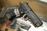 Sig Sauer E26R-9-Tacops 9mm P226 4 20rnd Mags 9 mm - 1 of 9