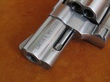 SMITH & WESSON 629-5 CAMFOUR EXCLUSIVE - 4 of 15