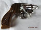 Boxed Smith & Wesson Model 38 Nickel Hammerless - 2 of 9