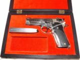 Smith & Wesson Model 59 - 1 of 8