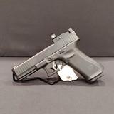 Pre-Owned - Glock 17 Gen 5 9mm Handgun (Never Fired) - 3 of 4