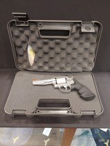 Pre-Owned - Smith & Wesson 686 .357 Magnum Revolver - 9 of 10