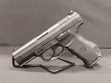 Pre-Owned - Smith & Wesson SW99 - 9mm Handgun - 3 of 11