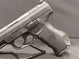 Pre-Owned - Smith & Wesson SW99 - 9mm Handgun - 4 of 11