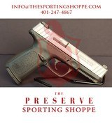 """Pre-Owned - SD9 VE 9mm Semi-Auto 4"""" Handgun"""
