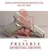 """Pre-Owned - Glock G23 Gen 3 .40 S&W 4"""" Handgun"""