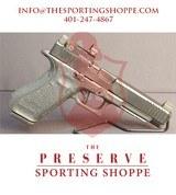 """Pre-Owned - Glock G34 Gen5 - 5.25"""" 9mm Handgun w/ Vortex Venom Sight - 1 of 13"""
