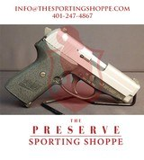 """Pre-Owned - Sig Sauer P239 .40 S&W Two Tone 3.6"""" Handgun"""