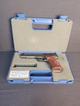 Pre-Owned - S&W M41 PC Single-Action .22 LR Handgun - 10 of 11
